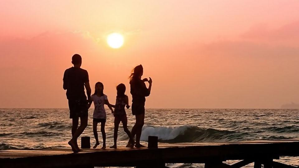 Keluarga yang Hidup Berkenan di Hadapan Allah